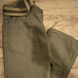 Other - NWOT jeans